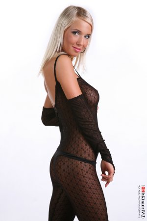 Sabrine best escorts services in Lake Magdalene