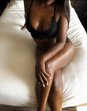 Adra best escorts in Lake Magdalene, FL